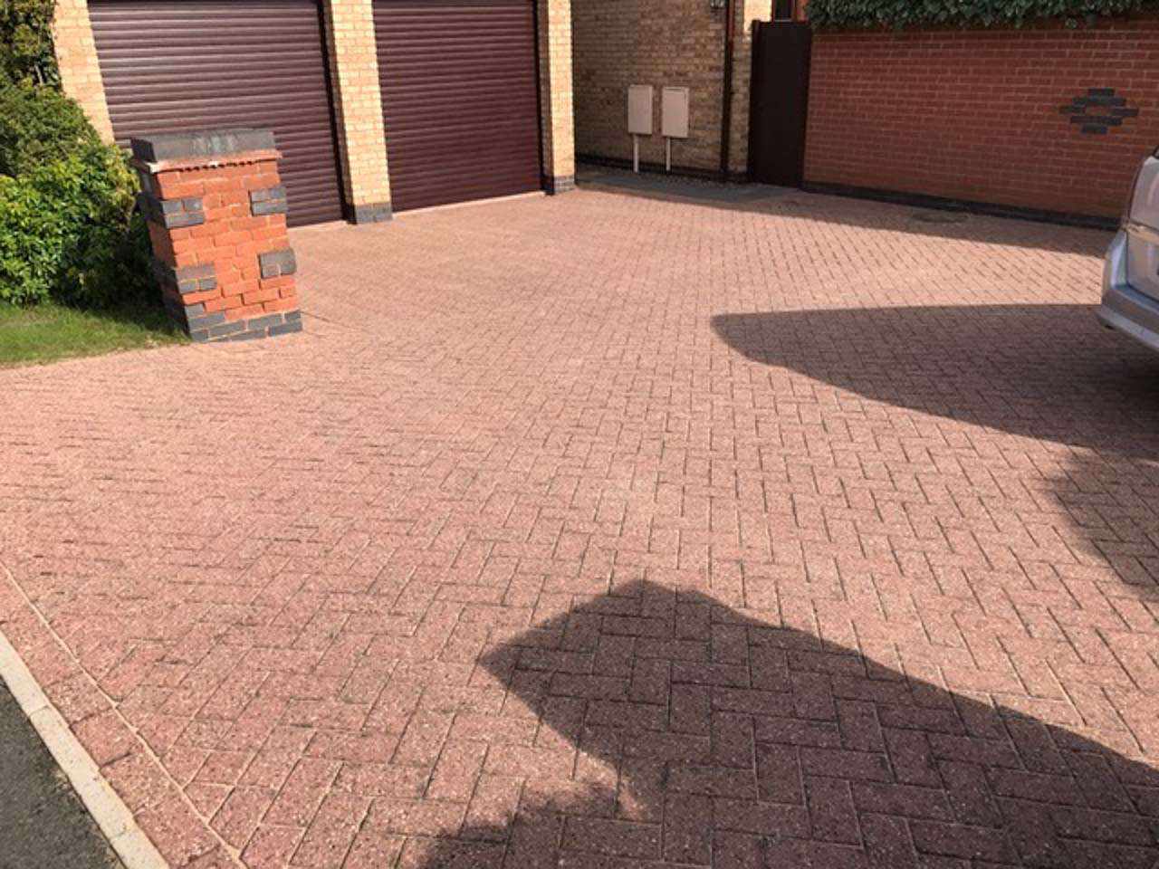 Block paving droitwich driveway cleaning worcestershire for Driveway cleaning companies